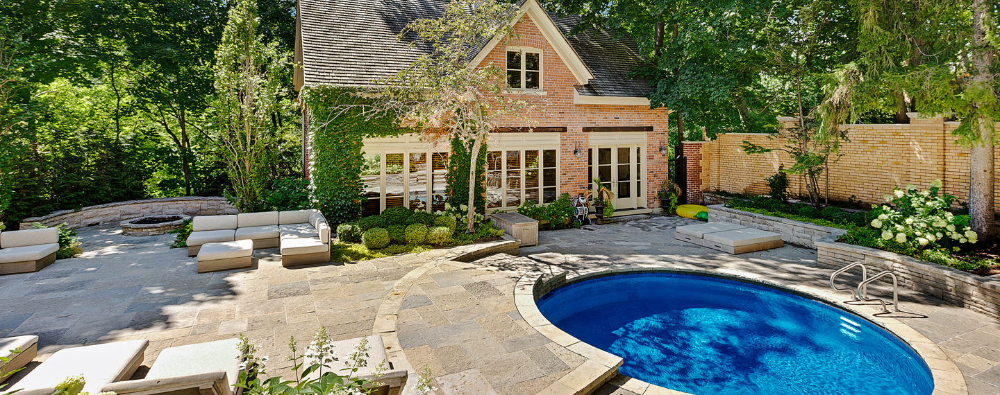 Lounging Poolside: 6 Ideas to Refresh Your Backyard