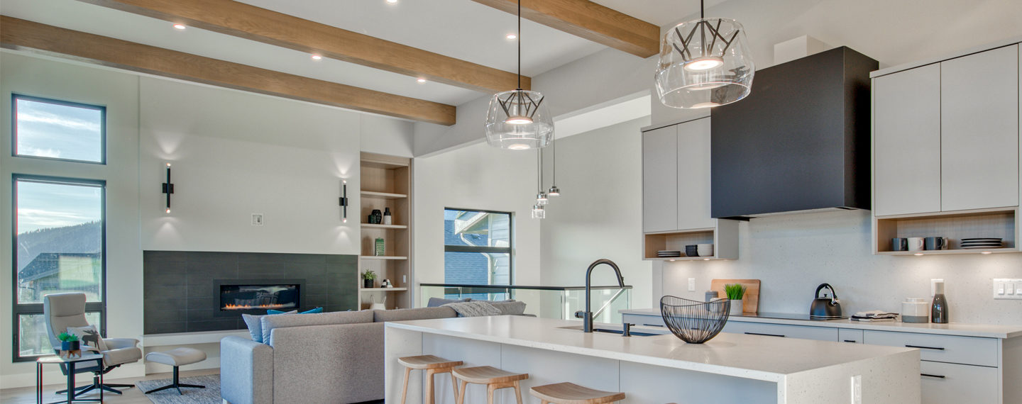 Country Style: 5 Homes With Exposed Beams