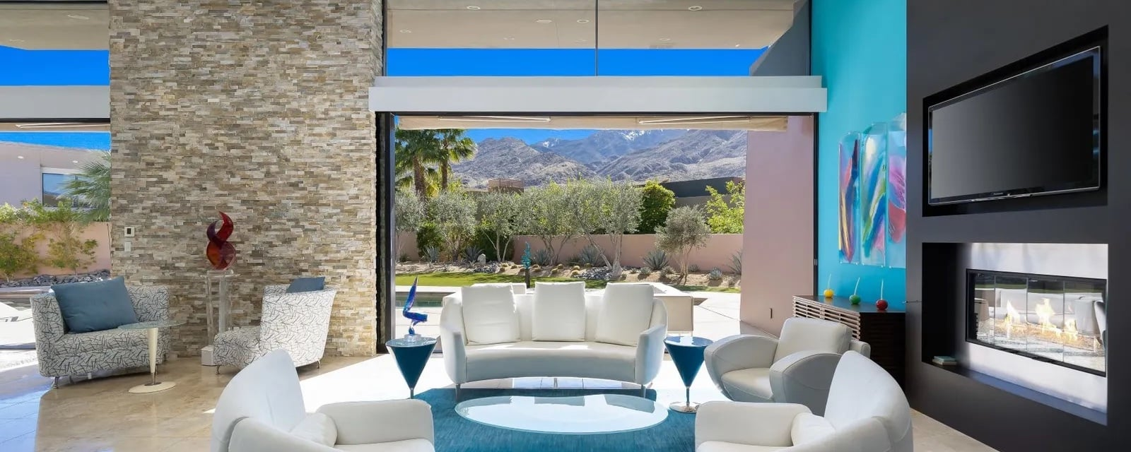 Seamless Style: 5 Homes Designed For Indoor-Outdoor Living
